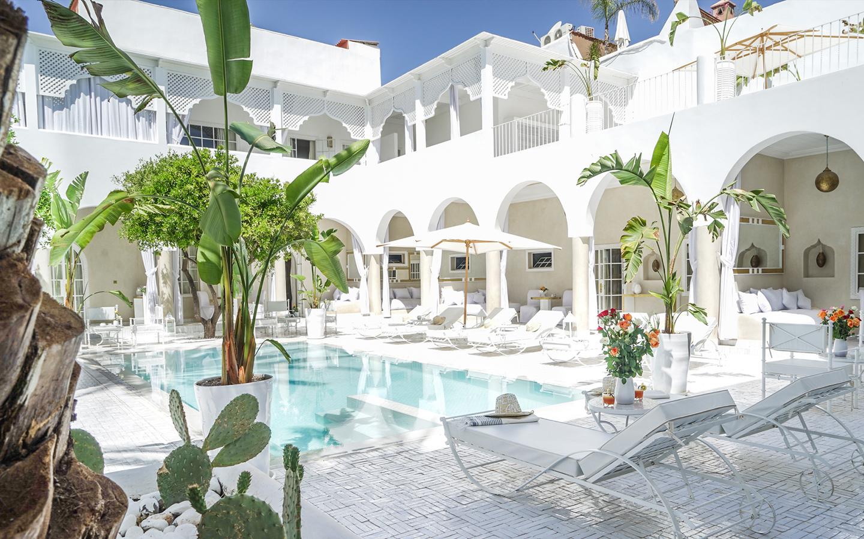 Palais blanc riad de charme marrakech for Construction piscine marrakech